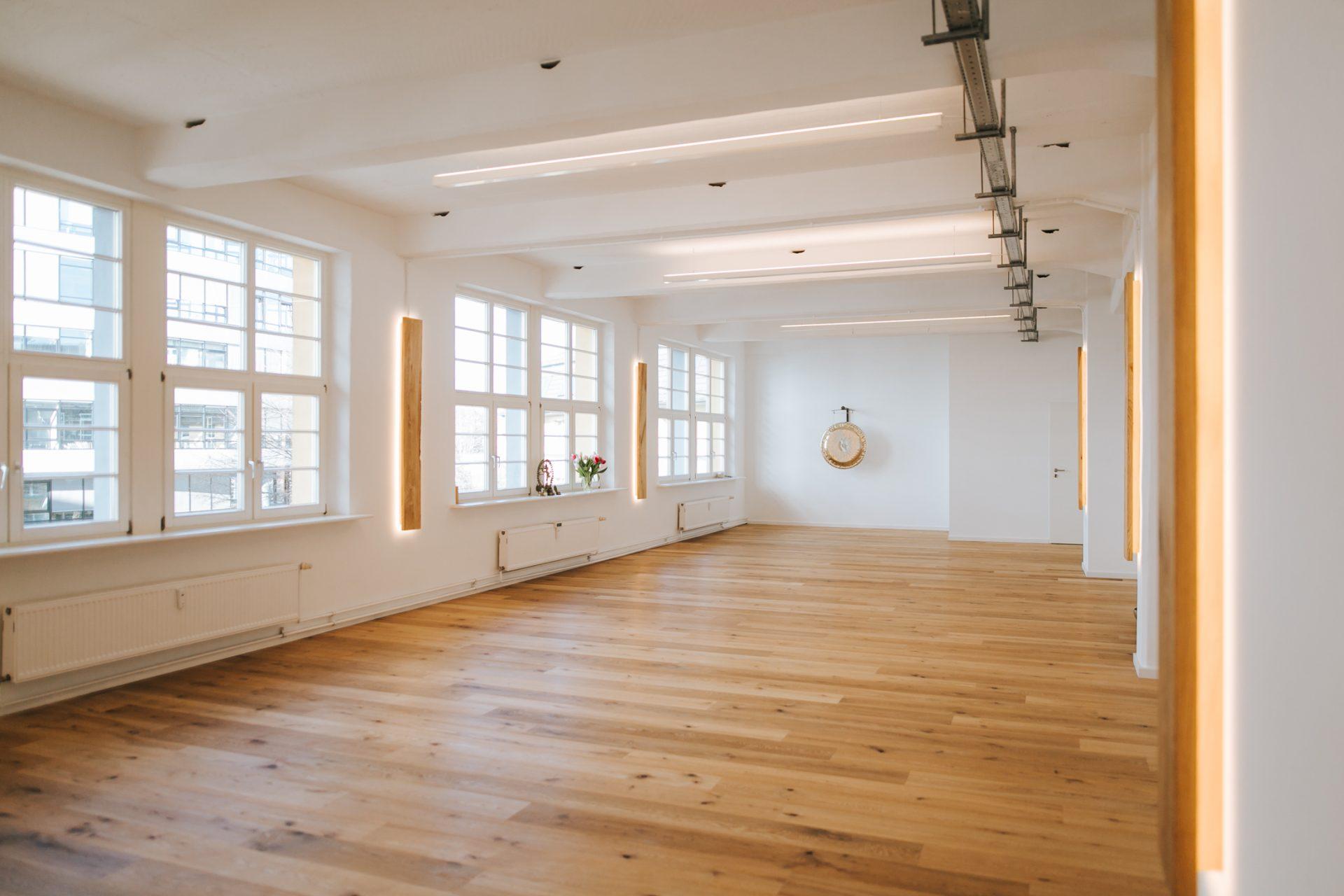 Yoga Studio In Stuttgart Mieten Fur Kurse Workshops Und Seminare