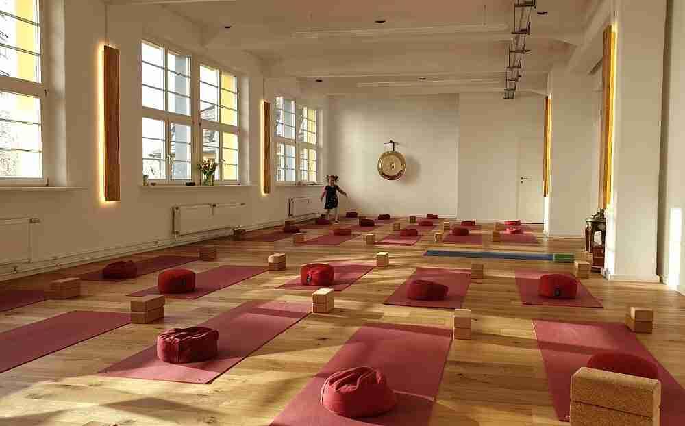 Yogastudio-yoga-ma-in-Stuttgart-Vaihingen-und-Umgebung-Yin Yoga