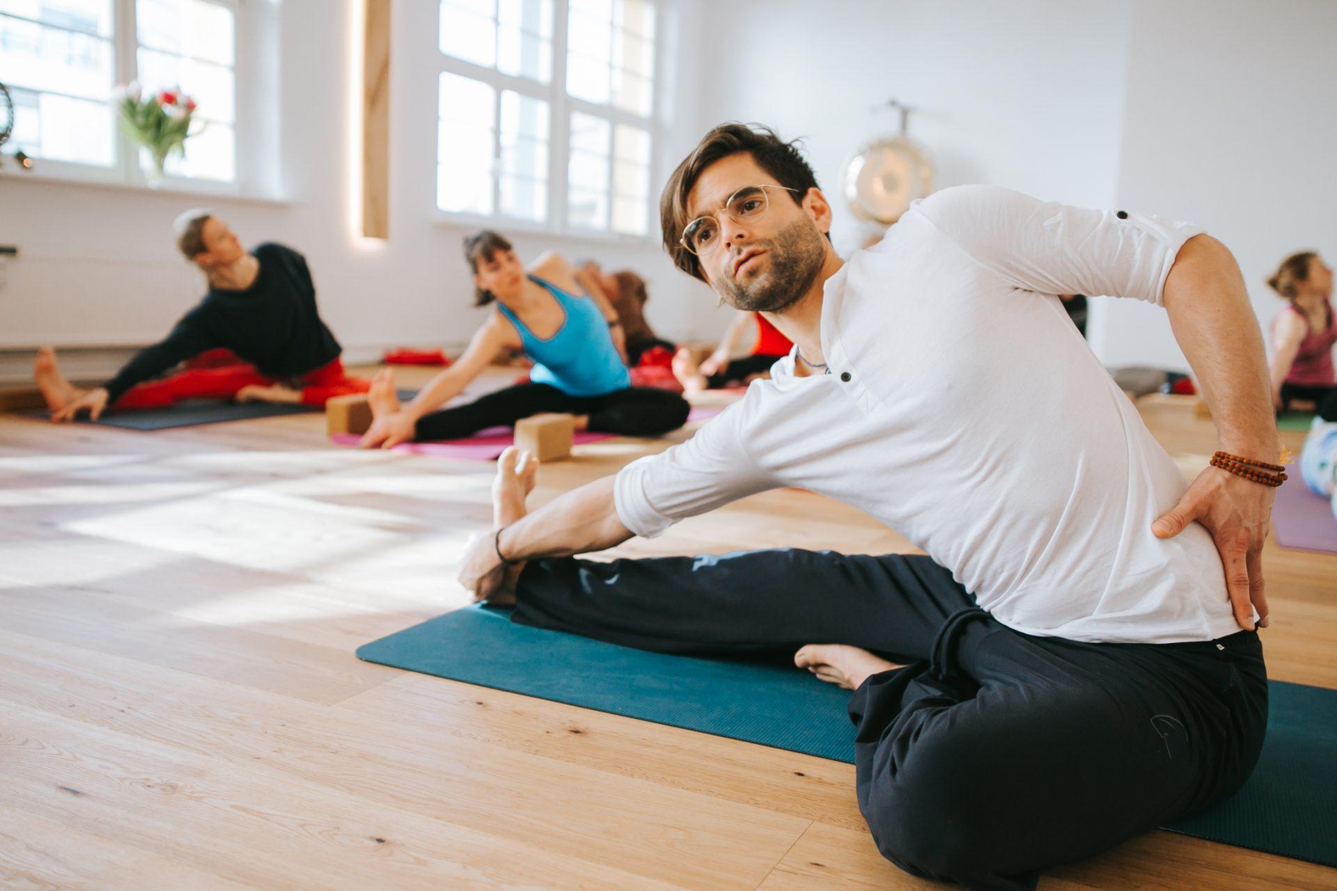 Florian Doose von yoga-ma