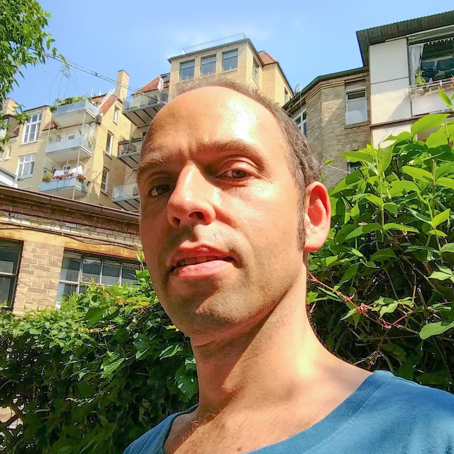 Yogalehrerin Alexander Klute