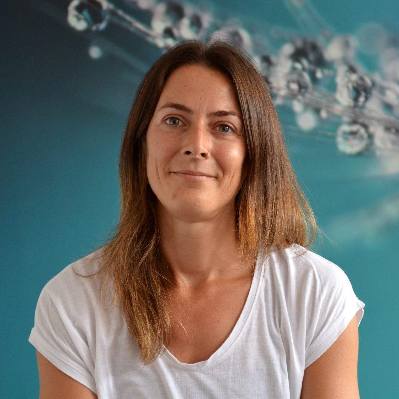 Yogalehrerin Kathi Schindler von YOGA-MA – Deinem Yogastudio in Stuttgart und Umgebung