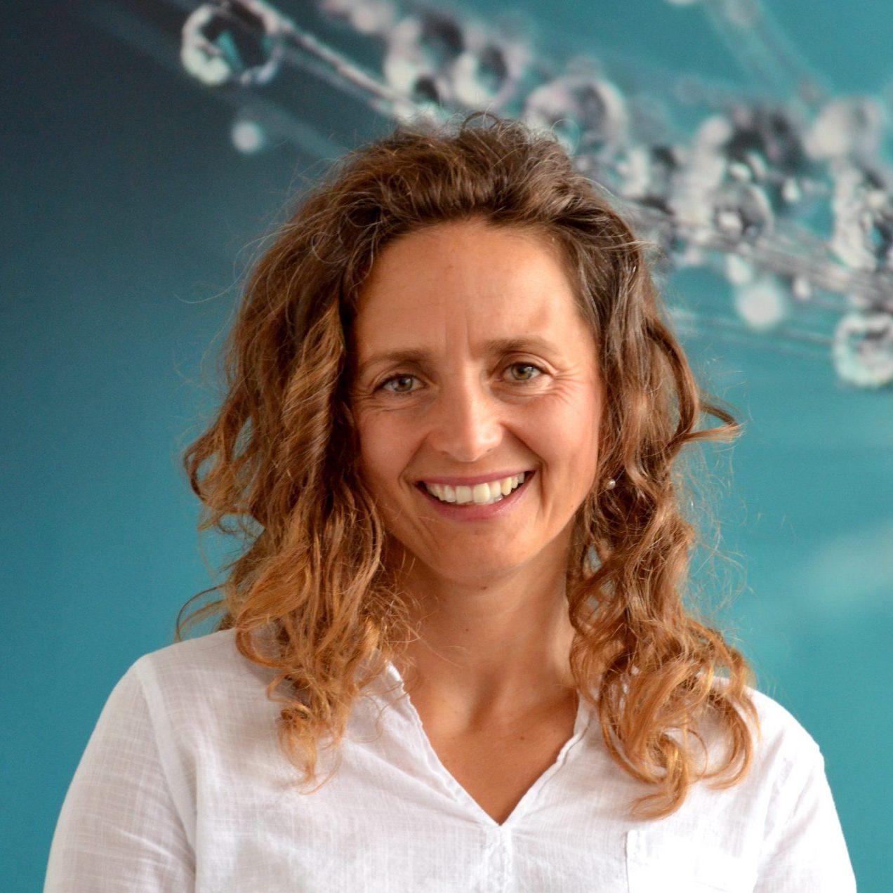 Yogalehrerin Danijela Ivin von YOGA-MA – Deinem Yogastudio in Stuttgart und Umgebung