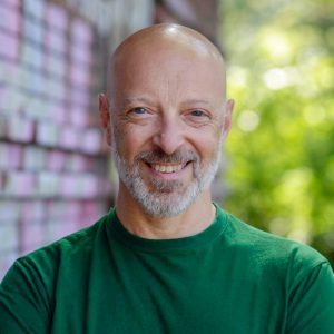 Yogalehrer Joey Zimmermann