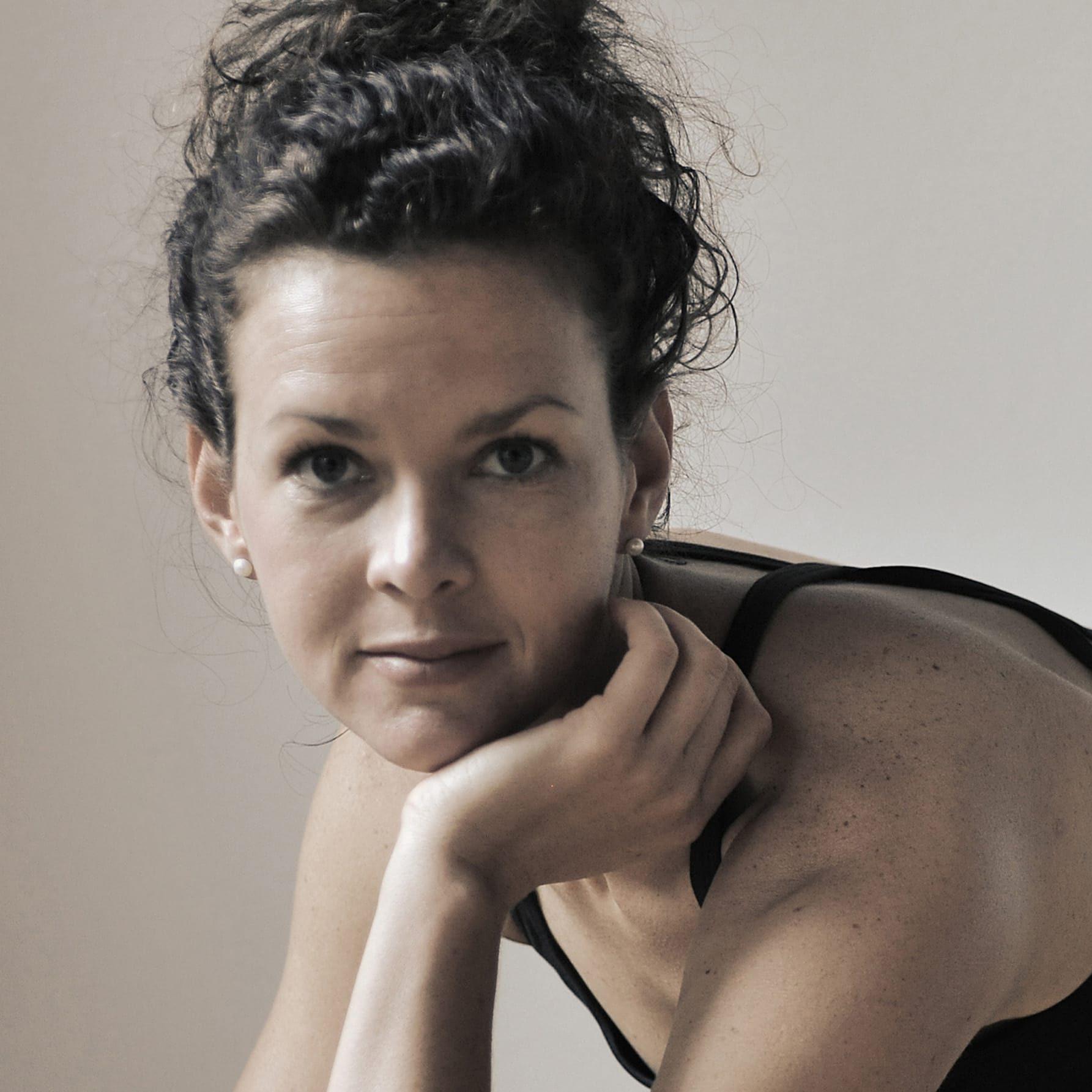 YOGA-MA-Team: Yogalehrer Christina Plueckhahn